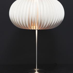 Lampa z talerzyków. Fot. Dremel