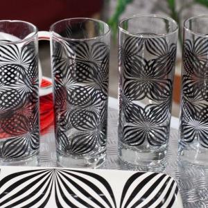Komplet szklanek do drinków. Fot. Dekoria