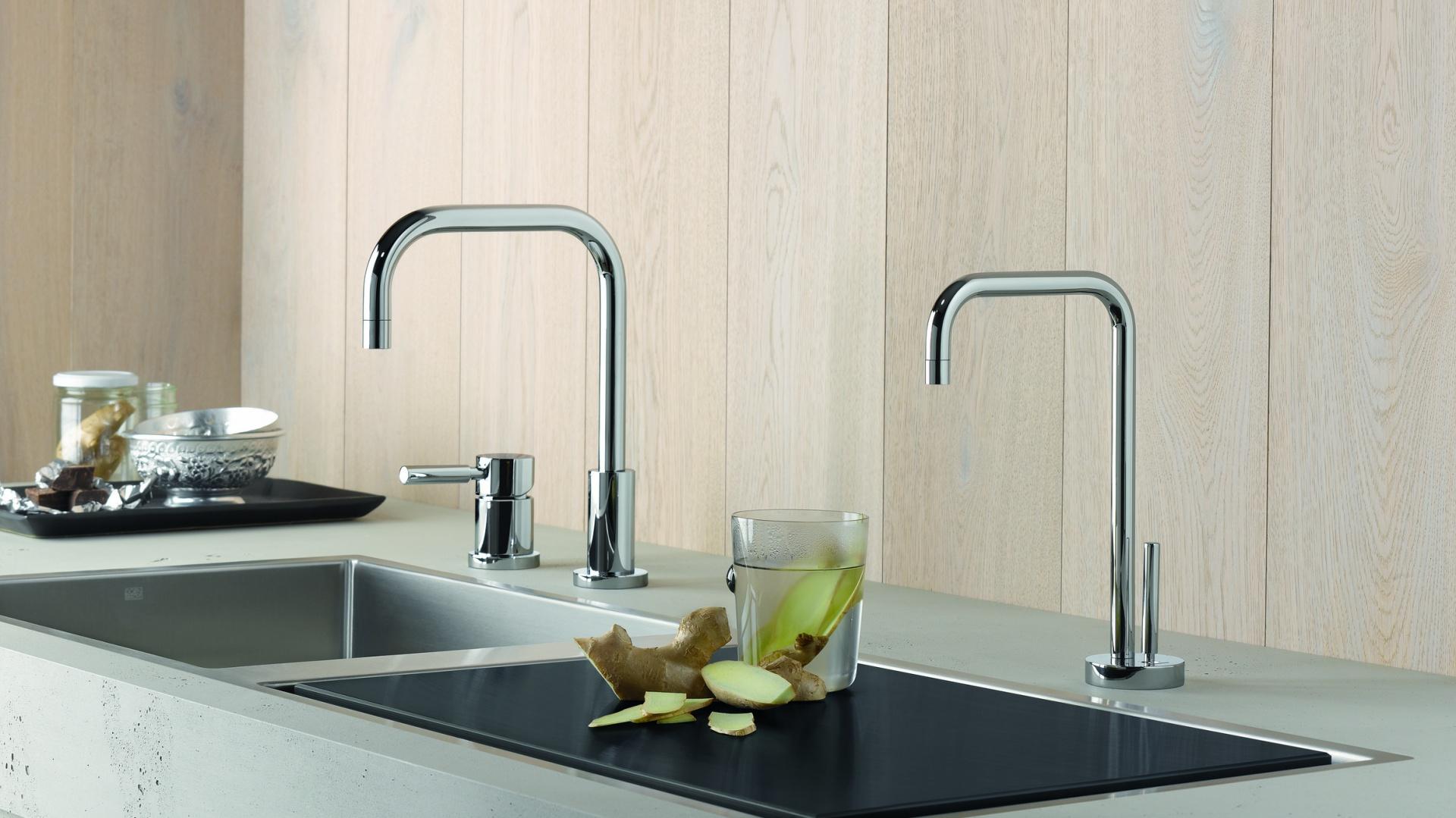 Dzięki smukłej dźwigni i cylindrycznemu kształtowi Meta.02 Water Dispenser jest idealnym dodatkiem  do głównej baterii. Fot. Dornbracht