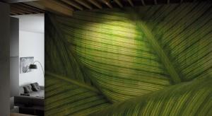 Instytut Pantone zadecydował — zieleń będzie dominującym trendem nadchodzącego sezonu. Należy ją jednak postrzegać szeroko, nie tylko jako kolor, ale całościowy zwrot ku naturze.
