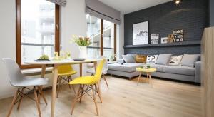 Jak dobrze dobrać kolory do wnętrza? Jak ich pomocą odmienić swoje mieszkanie, a nawet poprawić nastrój i dobre samopoczucie? Kto powinien otaczać się kolorem żółtym? Powiemy o tym w czasie Dni Otwartych 4 Design Days.