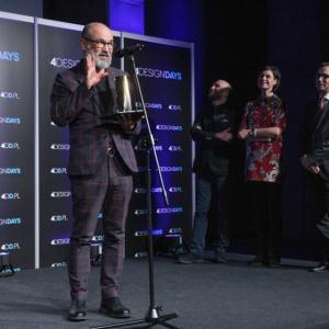 Redakcja PropertyDesign.pl wręczyła także nagrody specjalne dla wyjątkowych osobowości. Pierwszą nagrodę specjalną Redakcji PropertyDesign.pl otrzymał architekt Didier Fiuza Faustino.