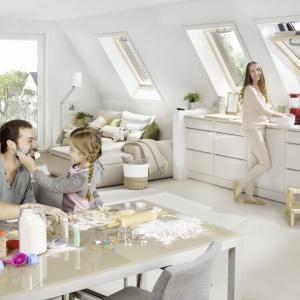 Okna dachowe. Jak je wybrać, aby były energooszczędne?