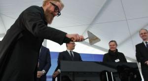 Wmurowano kamień węgielny pod budowę pierwszego z dwóch biurowców w kompleksie .KTW, który powstaje w centrum Katowic, m.in. w bezpośrednim sąsiedztwie Spodka. Ceremonia odbyła się w ramach wydarzenia 4 Design Days, trwającego w sąsiadującym
