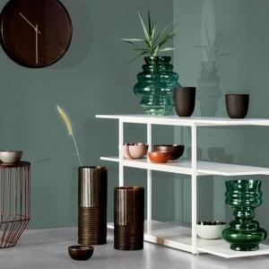 Wiosenne dodatki: postaw na wazony, świeczniki, wazy...