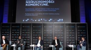 """Rewitalizacja staje się naturalnym elementem polskiego rynku nieruchomości komercyjnych. O tym, jak skutecznie ją prowadzić, debatowano podczas sesji """"Architektura. Nieruchomości komercyjne"""" na 4 Design Days."""