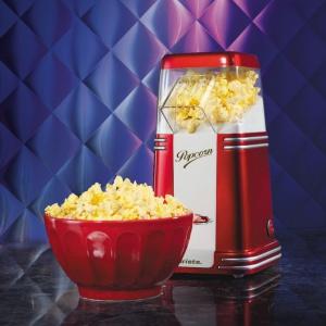 Maszyna do popcornu PARTY TIME pozwoli w domowych warunkach przygotować 60 g prażonej kukurydzy w 2 minuty (bez użycia oleju). To idealna przekąska na wieczór z przyjaciółmi. 189 zł. Fot. Ariete