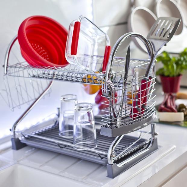 Akcesoria kuchenne:  niezawodne suszarki na naczynia i sztućce