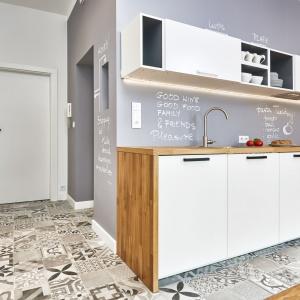 Mieszkanie w stylu skandynawskim. Projekt: Katarzyna Kiełek, Agnieszka Komorowska-Różycka. Fot. Studio 17 Pixeli