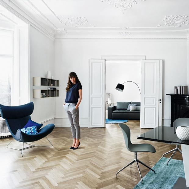 Modny salon: meble i dodatki w kolorze blue denim