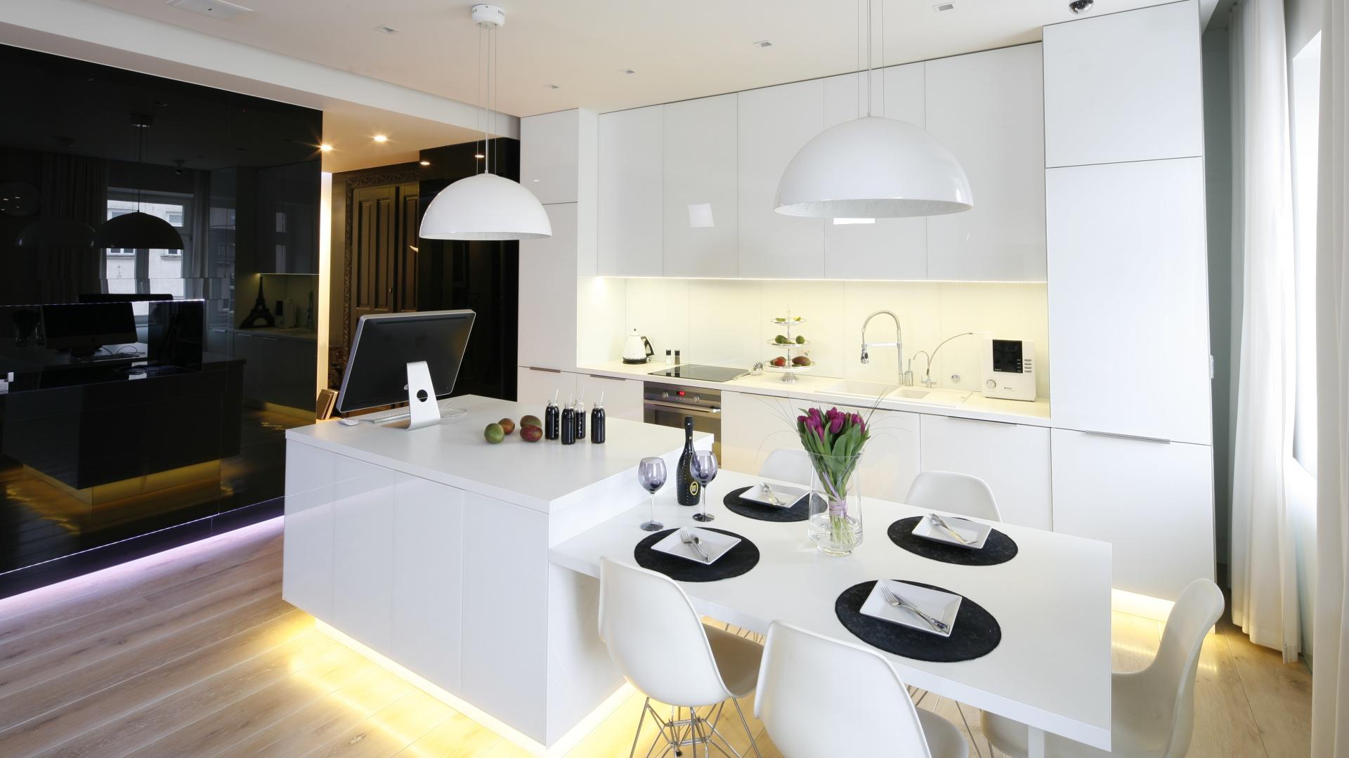 Meble kuchnne ze szklanymi 10 pomysłów na szkło w kuchni -> Kuchnia Z Frontami Szklanymi