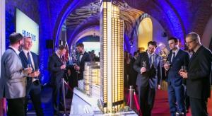 Dzieło Foster & Partners oraz polskiej pracowni Hermanowicz Rewski Architekci - Varso Tower - w 2020 roku stanie się najwyższym budynkiem w Polsce i Europie Środkowej. Właśnie wmurowano kamień węgielny pod warszawską inwestycję HB Reavis