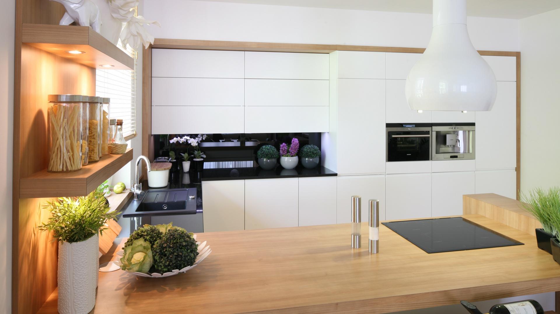 Okap w kuchni Projekt  Kuchnia i jadalni -> Okap Nad Kuchnia