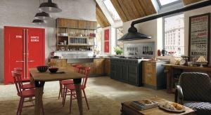Styl retro szczególnie upodobał sobie kuchnie. W takim wnętrzu może być bardzo swojsko, albo po prostu ciepło i rodzinnie, dzięki stylizowanym formom mebli, pięknym postarzanym dekorom i klimatycznym dodatkom.