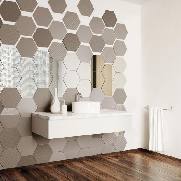 Szkło ornamentowe - zamiast płytek w łazience