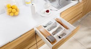 Mała, duża, otwarta lub zamknięta. Kuchnie są różne, ale zawsze muszą być wielofunkcyjne. To podstawa, którą pomaga uzyskać prosty podział. Planując zabudowę, podzielmy ją na pięć stref: przechowywania, przygotowania, zapasów, gotowania