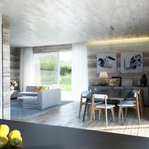 We wnętrzu dominuje styl skandynawski: drewno w połączeniu z morskim błękitem. Dom N14. Projekt: arch. Sylwia Strzelecka. Fot. S&O Projekty Sylwii Strzeleckiej