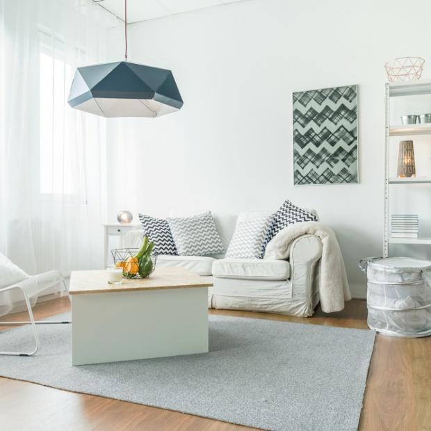 Małe mieszkanie: tak możesz rozjaśnić wnętrza