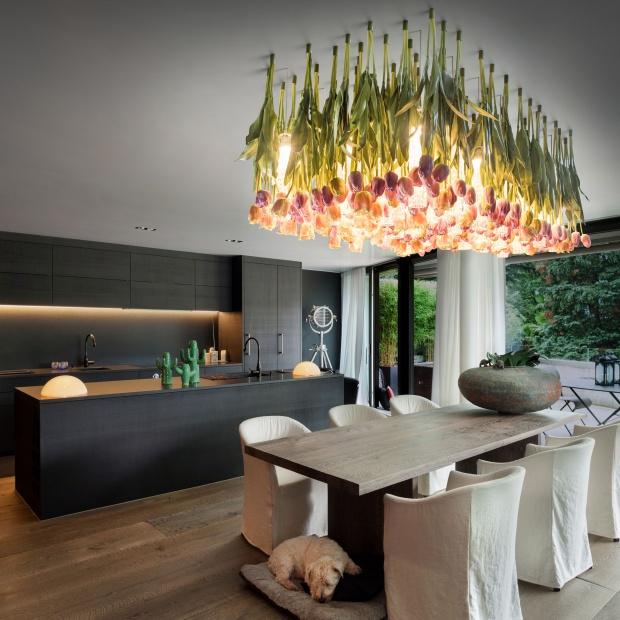 Wiosna w domu:  piękna lampa inspirowana kwiatami