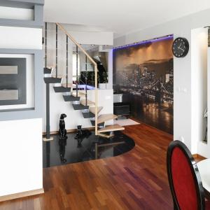 Pomysł na schody w domu. Projekt: Jolanta Kwilman. Fot. Bartosz Jarosz