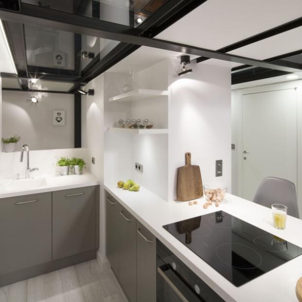 Szara kuchnia: pomysły na modne meble
