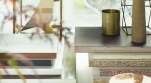 """Pod hasłem: """"Inspirations close to you"""" nowa kolekcja Pfleiderer obejmuje szeroki wachlarz płyt drewnopochodnych o różnych zastosowaniach i aż 360 dekorów, które dostępne są na całym świecie - w większości w jednolitej kolorystyce."""