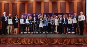 Poznaliśmy laureatów XV edycji konkursu Łazienka - Wybór Roku 2017. Wiemy już które produkty do łazienek, dostępne na polskim rynku, wyróżniają się najlepszym wzornictwem i funkcjonalnością.