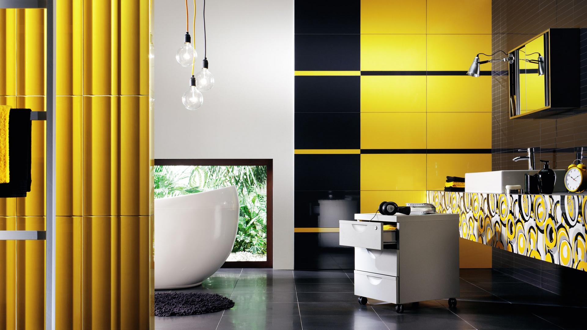 Kolekcja Colour Yellow Ceramiki Tubądzin pozwala na swobodne miksowanie ze sobą poszczególnych elementów, dzięki stylistycznie spójnej serii płytek ściennych o intensywnych barwach. Fot. Tubądzin