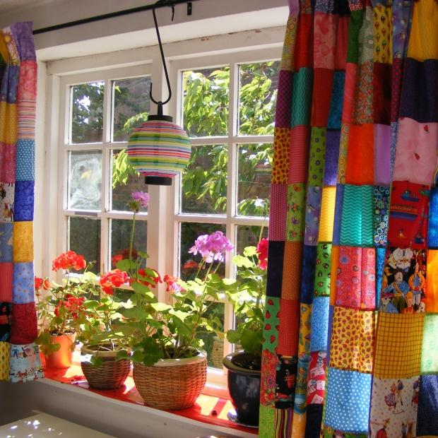Wiosenna aranżacja okna - zrób to sam!