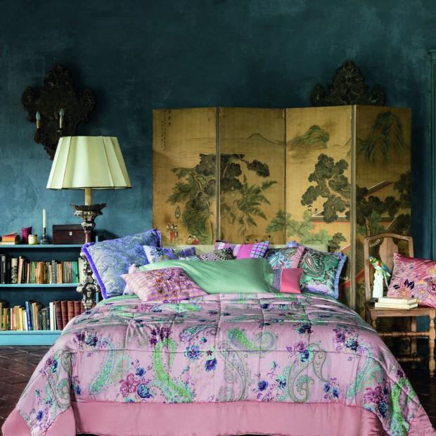 Dekoracje w sypialni. Zobacz nową kolekcję poduch, kap i koców