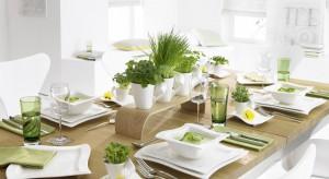Świąteczny stół po prostu musi wyglądać pięknie. Nie może być inaczej! Znajdźcie razem z nimi pomysł na dekorację wielkanocnego stołu.