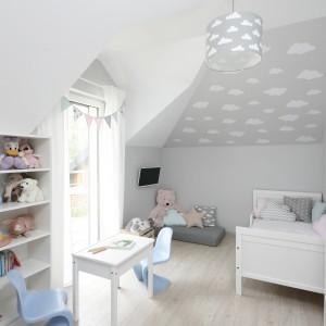 Pokój dziecka w małym domu dla rodziny. Projekt: Katarzyna Uszok-Adamczyk. Fot. Bartosz Jarosz