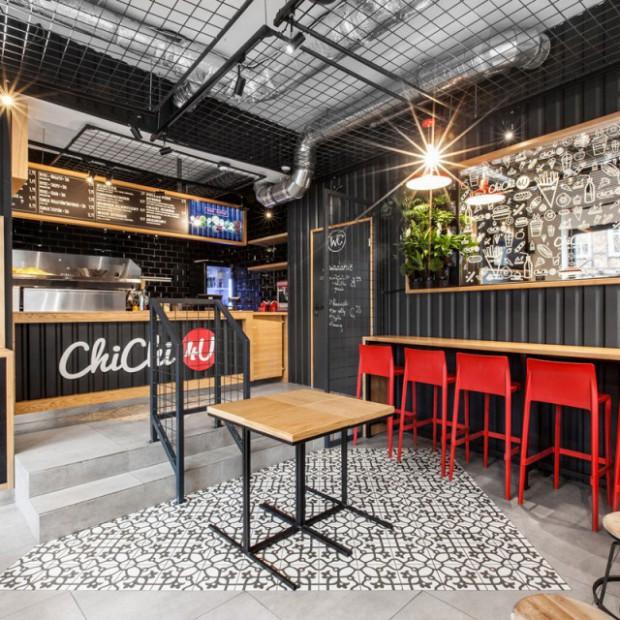 ChiChi 4U - nowy bar z industrialnym wnętrzem w Poznaniu