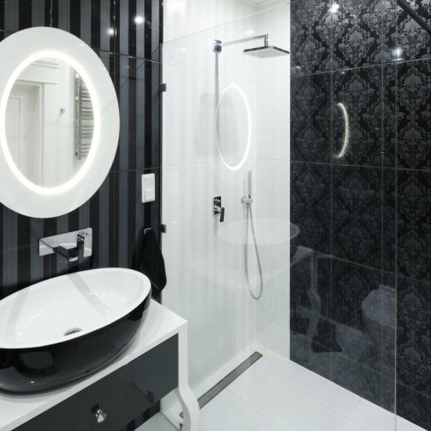 Pomysły na czarno-białą łazienkę