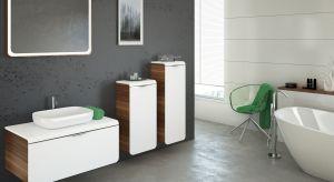 Biel to nadal najpopularniejszy trend w aranżacji łazienek. Biała łazienka zawsze wygląda modnie, a dodatkowo biel lakierowanych czy szkliwionych białych powierzchni powiększa optycznie małe wnętrza.
