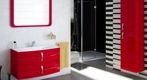 Szafka pod umywalką jest ważnym elementem aranżacji łazienki. Może przyjąć formę pojemnej zabudowy do samej podłogi, wolno stojącej szafki na nóżkach lub podwieszanego mebla z szufladami.