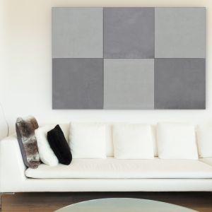 Beton architektoniczny jest uniwersalny, wytrzymały, odporny na warunki atmosferyczne, bardzo modny i piękny w swej surowości. To materiał, który odmieni każdą ścianę i podłogę. Na zdjęciu: płyta Slim 80x80 cm, Modern Line.