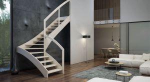 Trend na białe oraz czarne schody wybiega daleko poza utarte kanony w urządzaniu wnętrza. Do jakich domów pasują? Kiedy lepszym wyborem są kolory jasne, kiedy ciemne, a kiedy połączenie obu tych odcieni? Podpowiadamy i inspirujemy galerią zdjęć