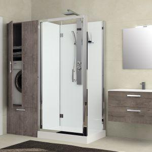 Koncept rEvolution został stworzony z myślą o małych łazienkach, których właściciele chcą starą wannę zamienić na kabinę prysznicową. Wraz z prysznicem można zamontować szafę. Fot. Novellini