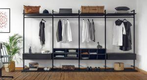 System do przechowywania Uno oferuje szerokie spektrum możliwości wykorzystania. Od garderoby otwartej typu walk-in, poprzez szafę wnękową, aż po ażurowy regał.