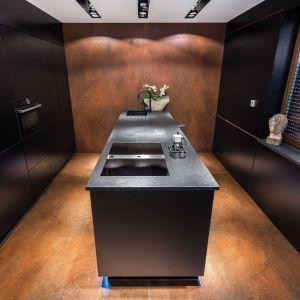 Aranżacja kuchni. Wybieramy fronty - matowe lub z połyskiem. Fot. Studio Max Kuchnie