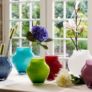 Kwiaty zawsze wywołują radość i uśmiech. A w połączeniu z porcelaną lub szkłem będą trwałą i barwną ozdobą domu. Fot. Villeroy & Boch