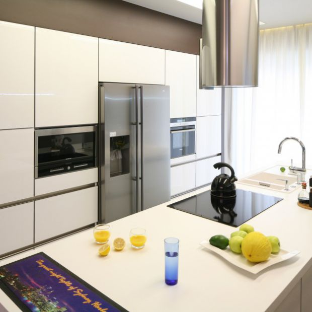 Urządzamy białą kuchnię: 20 pięknych przykładów