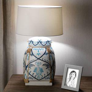Prezenty na Dzień Matki. Lampa stołowa Blue Beetle Basket.  Fot. Dekoria.pl