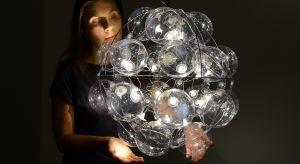 Lampy PUFF-BUFF zaliczane są do żywych ikon polskiego designu. Promują Polskę w najbardziej prestiżowych miejscach na świecie.