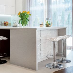 Kuchnia z miejscem do jedzenia. Fot. Studio Max Kuchnie kitchen4you.