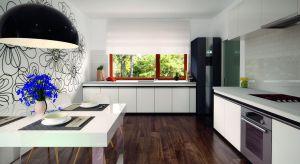 Niko to nieduży jednorodzinny dom o powierzchni niespełna 86metrów, parterowy, niepodpiwniczony z jednostanowiskowym garażem. Funkcjonalny układ pomieszczeń zapewnia optymalny komfort 3-osobowej rodzinie.