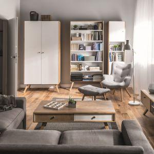 Meble z kolekcji NATURE idealnie wpisują się w metraż małego mieszkania. Mają wiele praktycznych schowków. 5.265 zł (bez mebli tapicerowanych). Fot. Vox
