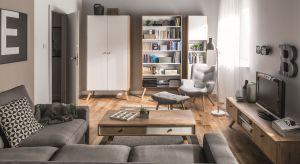 Meble z dodatkowymi funkcjami, jasne kolory podłóg i ścian oraz praktyczne dodatki pomogą w aranżacji małego salonu, a przy tym optycznie powiększą przestrzeń. I nawet bardzo małe wnętrze będzie urządzone stylowo.