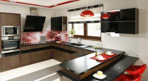 Półwysep jest funkcjonalnym i modnym rozwiązaniem pomagającym wydzielić strefy w otwartej przestrzeni salonowo-kuchennej. Może stać się ulubionym miejscem spotkań rodzinnych oraz świetną formą integracji domowników. Jak go zaaranżować, aby